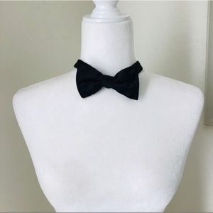 Tommy Hilfiger | Black Bow Tie